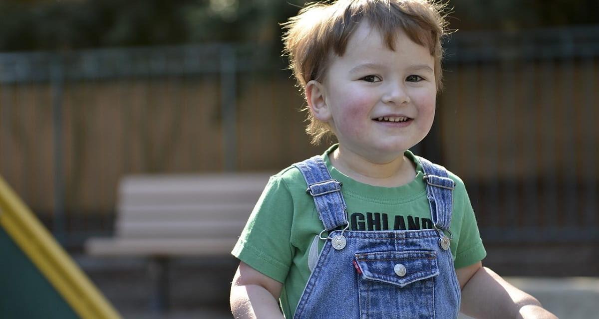 Bambini autistici: come può intervenire l'agopuntura
