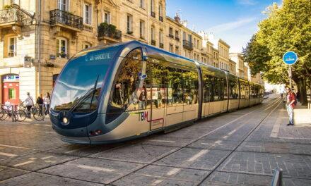 La città di Bordeaux si distingue da tutte le altre francesi